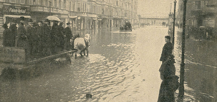 Flooding in Yorckstrasse, Photo by Hugo Rudolphy, April 14, 1902