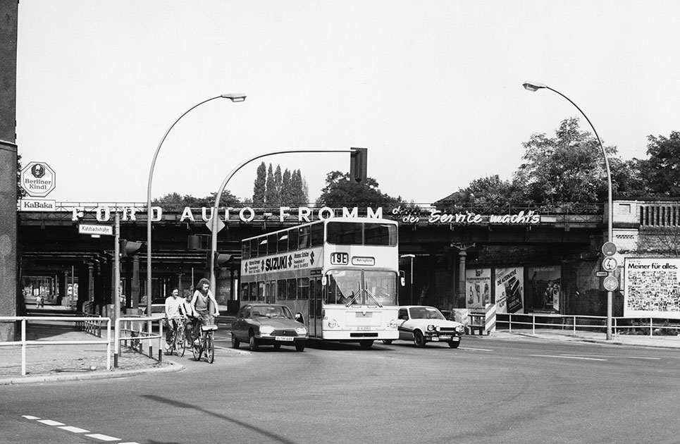 View from Katzbachstrasse towards the Yorckbrücken on July 8, 1982
