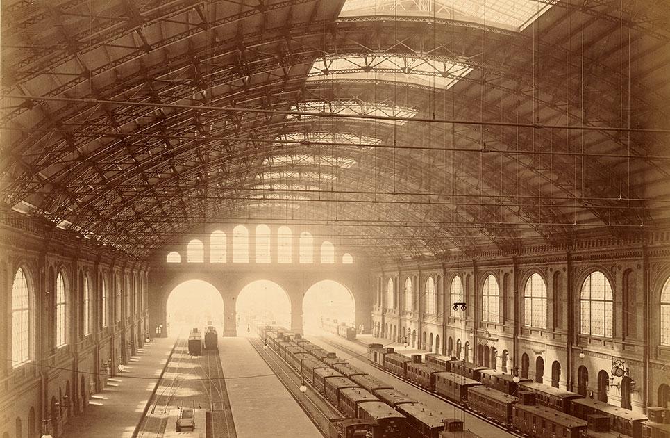 Der Entwurf zum Empfangsgebäude des Anhalter Bahnhofs stammt von Franz Schwechten.